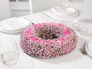 Στεφάνι για στολισμό ροτόντας!!!Γυψόφυλλο και μινιόν ροζ τριαντάφυλλο!!!